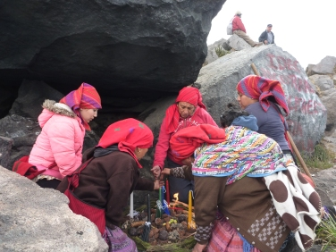 Ceremonia Maya Ka'winaq chi ixoq (poqomchi') - Ka'winaqixoqib' (k'iche').